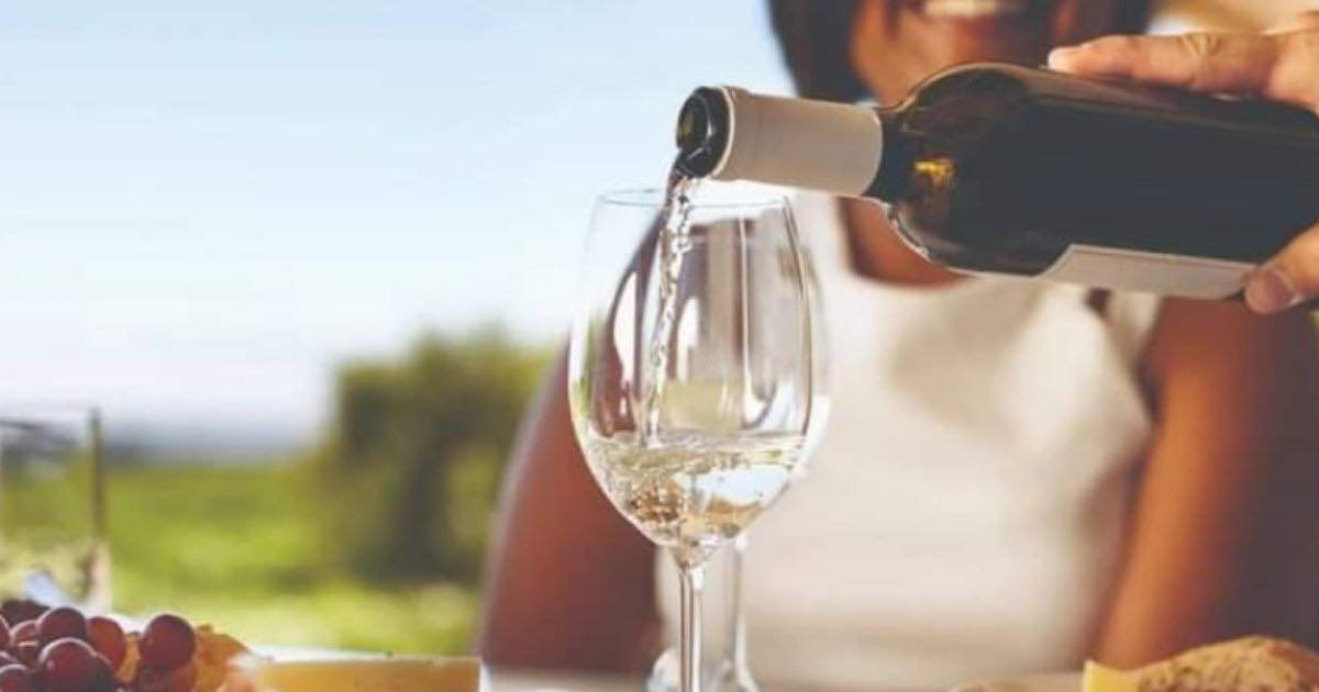 Tres claves para servir bien un vino